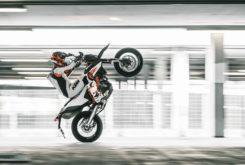 KTM 690 SMC R 2019 6