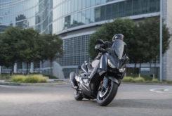 Yamaha XMax 400 Iron Max 2019 1