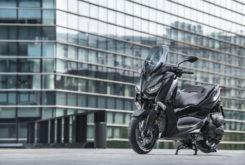 Yamaha XMax 400 Iron Max 2019 25
