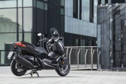 Yamaha XMax 400 Iron Max 2019 26