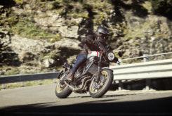 Yamaha XSR700 XTribute 2019 Accion 13