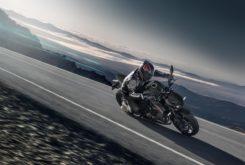 Kawasaki Z1000 2019 05