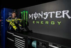 Valentino Rossi Yamaha MotoGP 2019 (1)