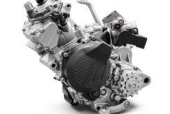KTM 150 EXC TPI 2020 motor 01