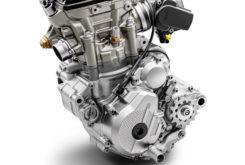 KTM 250 EXC F 2020 motor (2)