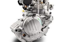 KTM 450 EXC F 2020 motor (1)