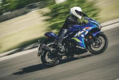 Kawasaki Ninja 125 vs Suzuki GSX R 125 (2)