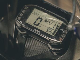 Kawasaki Ninja 125 vs Suzuki GSX R 125 (81)