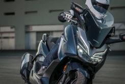 Yamaha Xmax 300 Honda Forza 300 201936