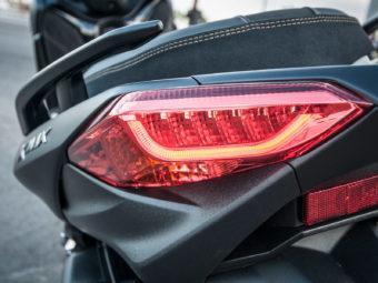 Yamaha Xmax 300 Honda Forza 300 201959