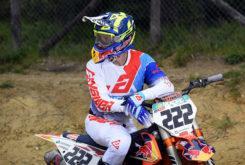 Answer 2020 motocross MXGP equipacion Tony Cairoli