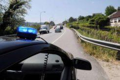 coche camuflado policia