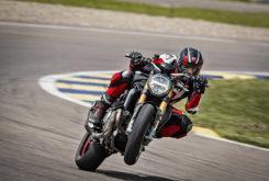 Ducati Monster 1200 S 2020 26