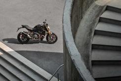 Ducati Monster 1200 S 2020 31