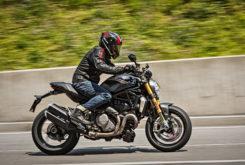 Ducati Monster 1200 S 2020 35