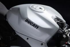 Ducati Panigale V2 2020 White Rosso (23)