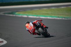Ducati Panigale V2 2020 White Rosso (29)