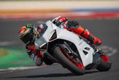 Ducati Panigale V2 2020 White Rosso (35)