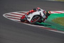 Ducati Panigale V2 2020 White Rosso (41)