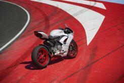 Ducati Panigale V2 2020 White Rosso (60)