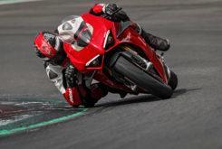 Ducati Panigale V4 S 2020 35