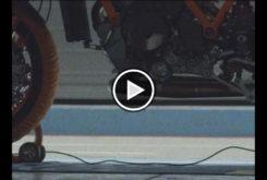 KTM Super Duke R 2020 teaser play