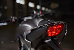 Triumph Street Triple RS 765 2020 detalles24