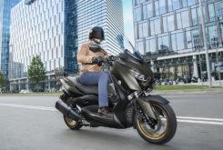 Yamaha XMAX 300 Tech Max 2020 09