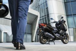 Yamaha XMAX 300 Tech Max 2020 34