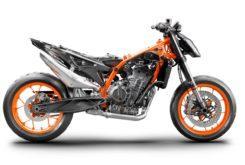 KTM 890 Duke R 2020 49