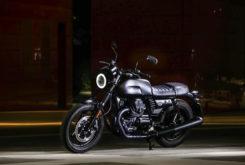 Moto Guzzi V7 III Stone Night Pack 20203