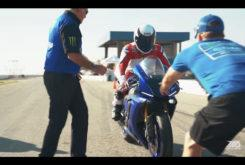 Wayne Rainey Yamaha monta en moto video onboard R1