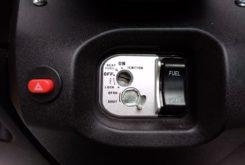 Mitt 300 GTS contacto
