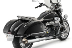 Moto Guzzi California 1400 Touring 04
