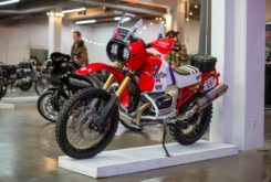 BMW R1200GS Roland sands retro 80s