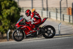 Ducati Superleggera V4 2020 17
