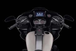 Harley Davidson CVO Road Glide 2020 02
