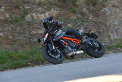 KTM 1290 Super Duke R 2020 carretera4