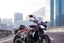 Triumph Street Triple R 2020 03