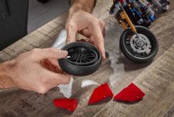 Ducati Panigale V4 R LEGO puzzle copia