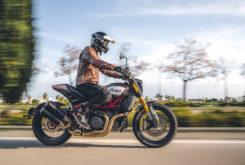 Indian FTR 1200 Carbon 2020 16