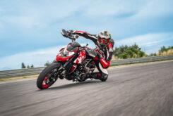 Ducati Hypermotard 950 RVE 2021 13