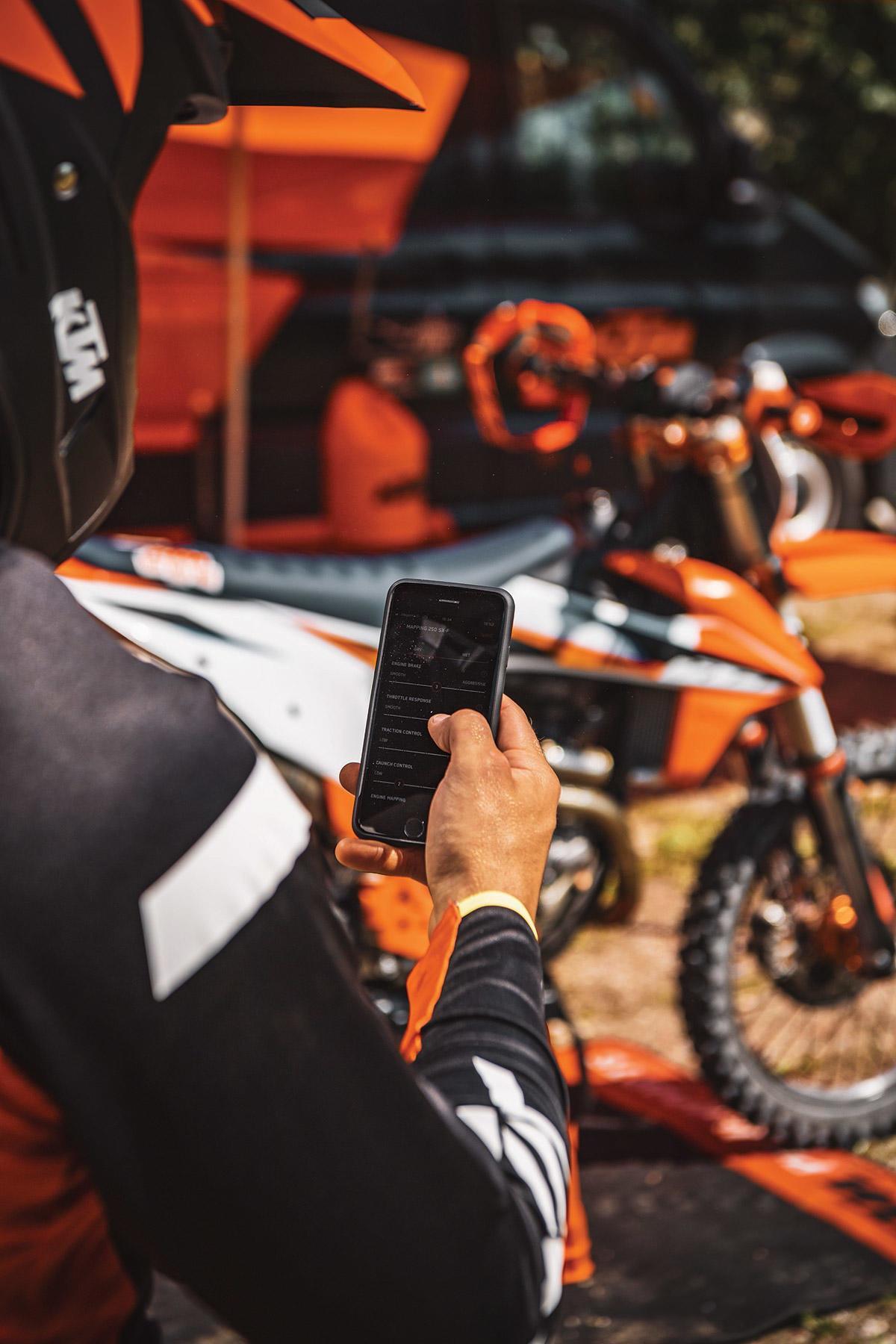 Ktm 2021 De Motocross Precios Detalles Y Nuevo Sistema De Conectividad Motorbike Magazine