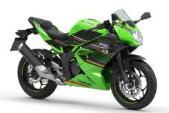 Kawasaki Ninja 125 2020 (4)