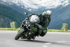 Kawasaki Ninja H2 SX SE plus 2020 (10)