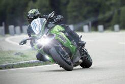 Kawasaki Ninja H2 SX SE plus 2020 (9)