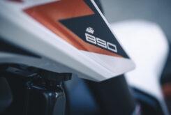 KTM 890 Duke R 2020 detalles 7