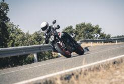 KTM 890 Duke R 2020 prueba 11