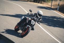 KTM 890 Duke R 2020 prueba 15