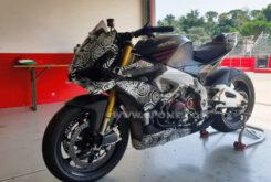 Aprilia Tuono V4 1100 Factory 2021 alerones MotoGP